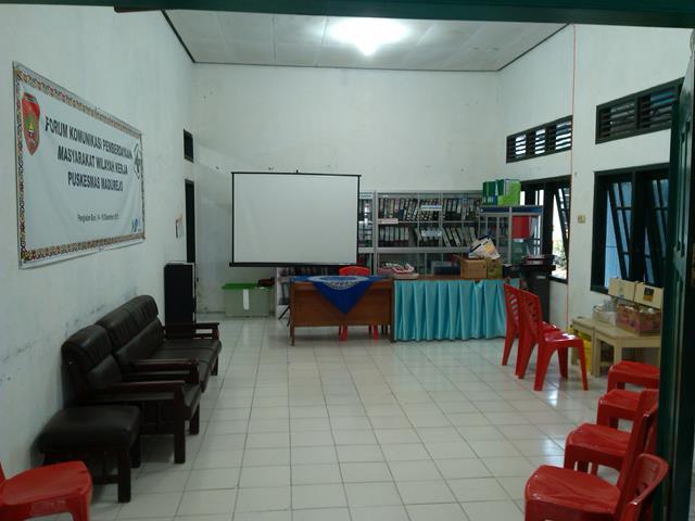 Ruang Imunisasi dan Aula