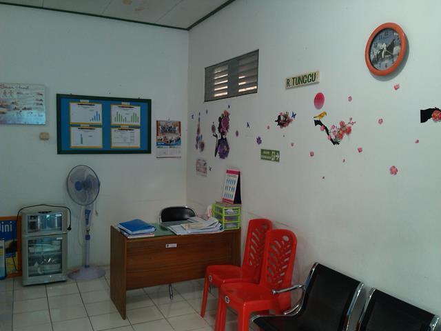 Ruangan Klinik KIA KB dan Klinik Sehat/IVA